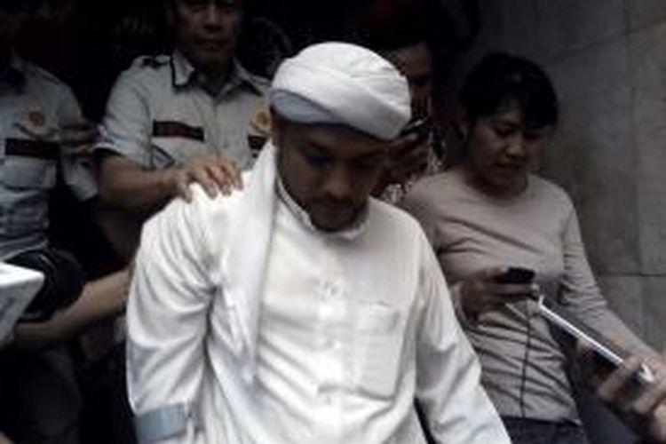 Koordinator demo rusuh di depan Balaikota dan DPRD DKI, Novel Bamumkin, ditahan di Polda Metro Jaya, Kamis (9/10/2014)