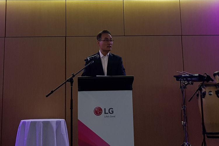 CEO Asia Regional LG Electronics, Steve Song saat berpidato untuk membuka gelaran LG InnoFest 2019 di Sydney, Australia, Selasa (13/3/2019).