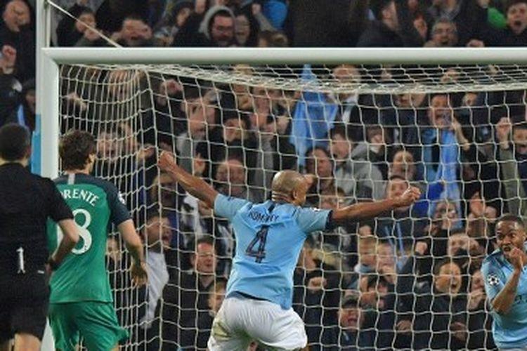 Raheem Sterling dalam laga Man City vs Tottenham, perempat final Liga Champions 2018-2019