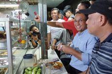 Saat Makan di Warteg, Anies Diminta Tak Gusur Permukiman di Ancol