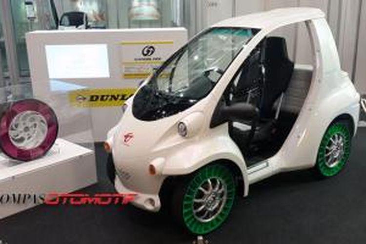 Di Tokyo Motor Show 2015, Sumitomo Rubber Industries (Dunlop Jepang) menampilkan dua konsep teknologi baru, Gyroblade Airless Tire (warna hijau) dan Coreseal Tire Sealant, keduanya membuat tak perlu lagi membawa ban cadangan.