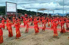 200 Anak Kenalkan Tari Empat Puak di Festival Danau Toba 2016