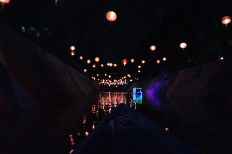 Jalur Lintas Wisata Perahu Kali Pepe 800 Meter. Start dari bawah Jembatan Pasar Gede. (15/01/2020)