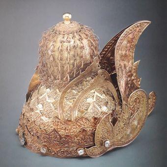 Mahkota Emas atau Regalia, 1845, Kutai, Kalimantan Timur. Foto Arsip Museum Nasional dan Buku Archipel.