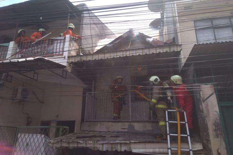 Kebakaran terjadi di Tambora, Jakarta Barat pada Minggu (1/11/2020) pagi.