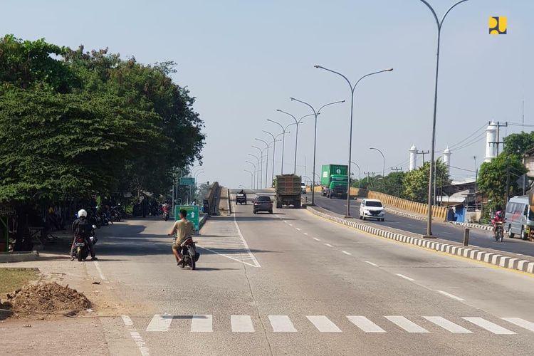 Menteri PUPR, Basuki Hadimuljono meninjau kesiapan jalan tol dan jalan non tol yang akan digunakan pada arus mudik Lebaran 2019
