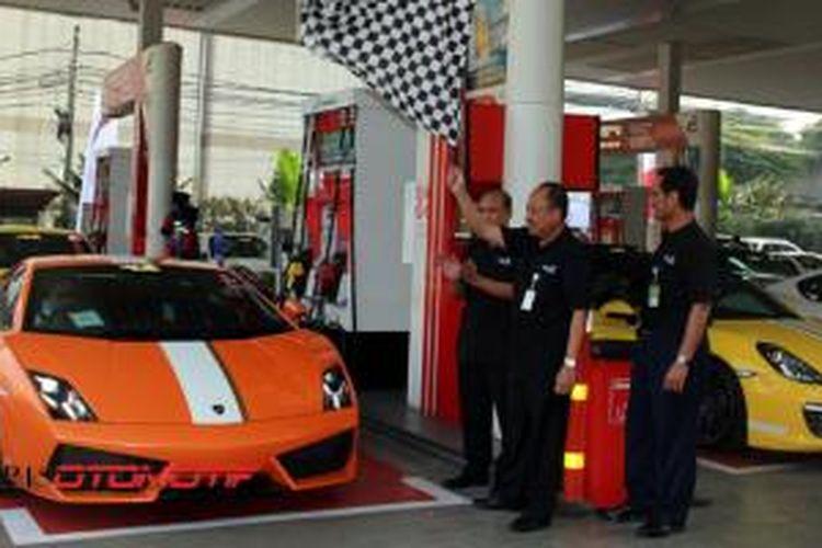 Anggota komunitas Speedgonz dilepas touring setelah mengisi bahan bakar Pertamax Racing.