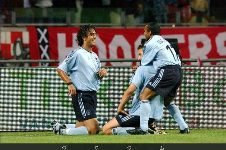 Mido dan Zlatan Ibrahimovic ketika masih bermain bersama di Ajax Amsterdam pada 2001 hingga 2003