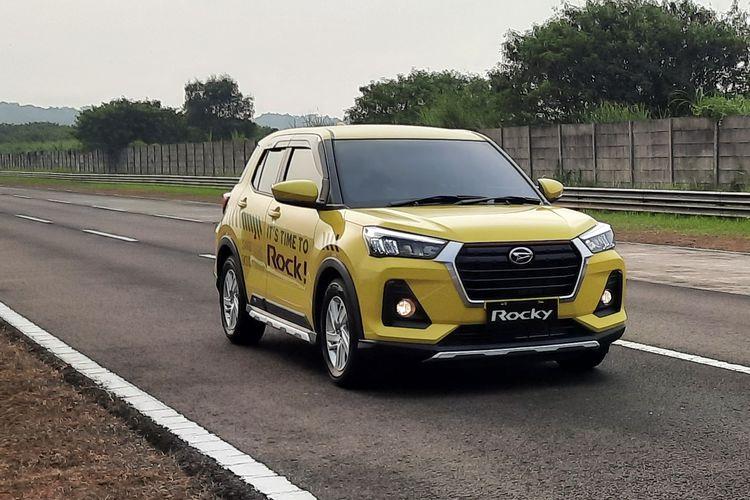 Test Drive Daihatsu Rocky 1.2 L