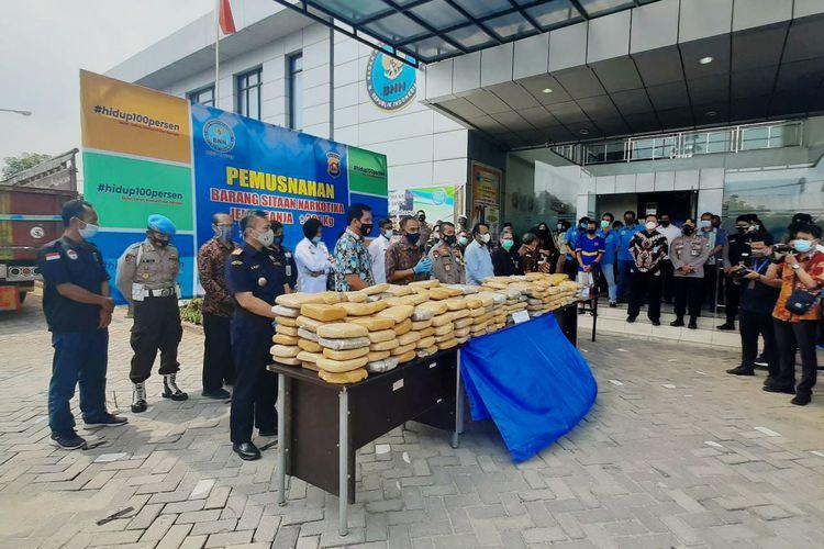 Kepala BNN RI Heru Winarko saat mengunjungi Kantor BNNP Banten