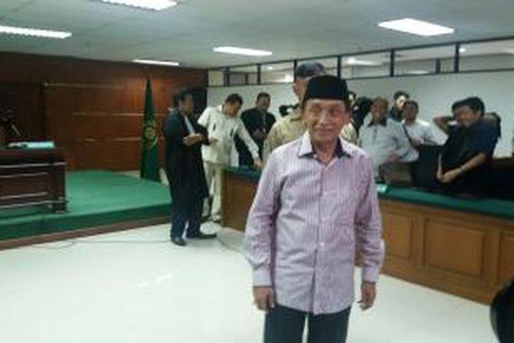 Ketua nonaktif DPRD Bangkalan Fuad Amin Imron saat menghadiri sidang putusan perkara di Pengadilan Tindak Pidana Korupsi, Kamis (15/10/2015).