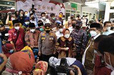 Pantau Vaksinasi Massal di Bangkalan, Risma: Saya Dapat Tugas dari Presiden