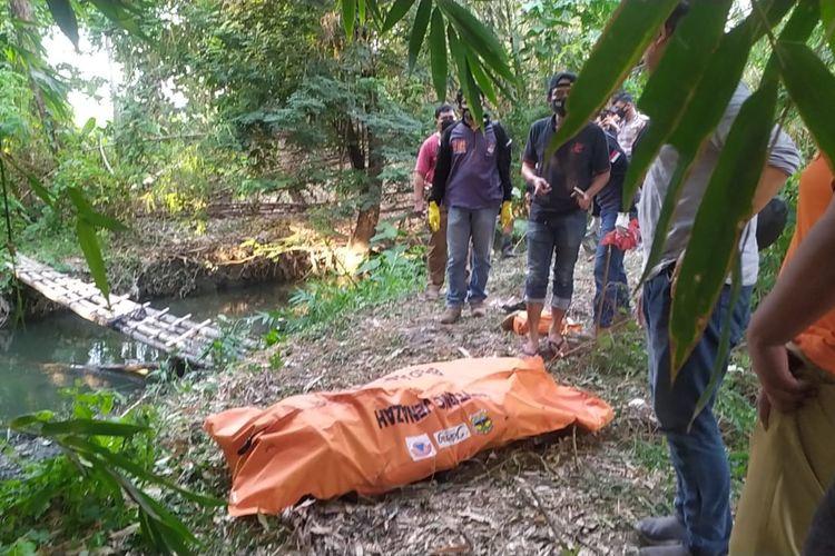 Sesosok mayat tanpa identitas ditemukan warga di kawasan Kali Bugen, Kelurahan Tlogosari Kulon Pedurungan, Senin (28/9/2020)