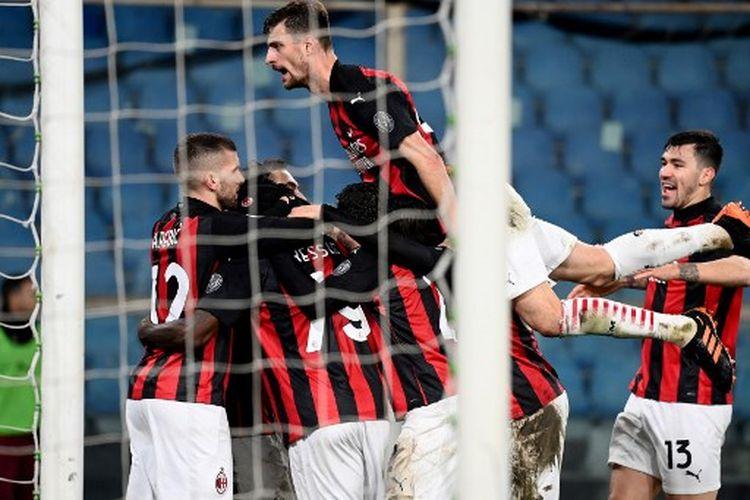 Susana perayaan gol Franck Kessie pada laga pekan ke-10 Liga Italia yang mempertemukan Sampdoria vs AC Milan di Stadion Luigi Ferrari, Minggu (6/12/2020).