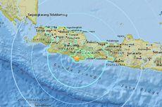 Laut Normal, Warga Pesisir Selatan Yogyakarta Masih Berjaga di luar Rumah