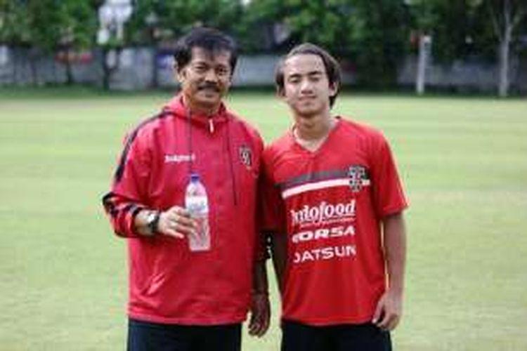 Muhhamad Rafid Habibie yang merupakan cucu dari mantan Presiden RI, B.J Habibie, berlatih di Bali United.