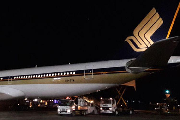 Pesawat A-330 Singapore Airlines di Bandara Internasional Velana, Maladewa, Jumat (14/7/2017).