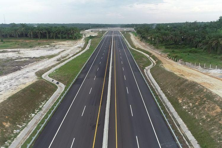 Dana tersebut, sebut Budi, digunakan untuk talangan pengadaan tanah pembangunan Jalan Tol Trans Sumatera (JTTS) sejak tahun 2016 hingga 2020.