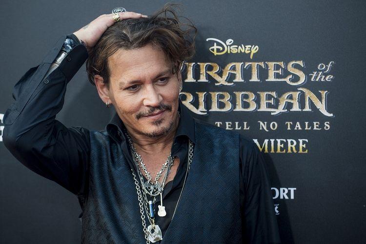 Johnny Depp hadir dalam pergelaran world premiere film Pirates of the Caribbean: Dead Men Tell No Tales di Shanghai, Kamis (11/5/2017).