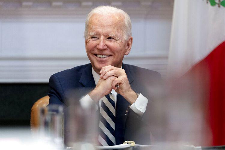 Presiden Joe Biden di Ruang Roosevelt Gedung Putih Washington DC, Senin (1/3/2021).