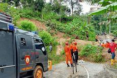 Jalan Alternatif Tasikmalaya-Pangandaran via Cineam Tertutup Longsor