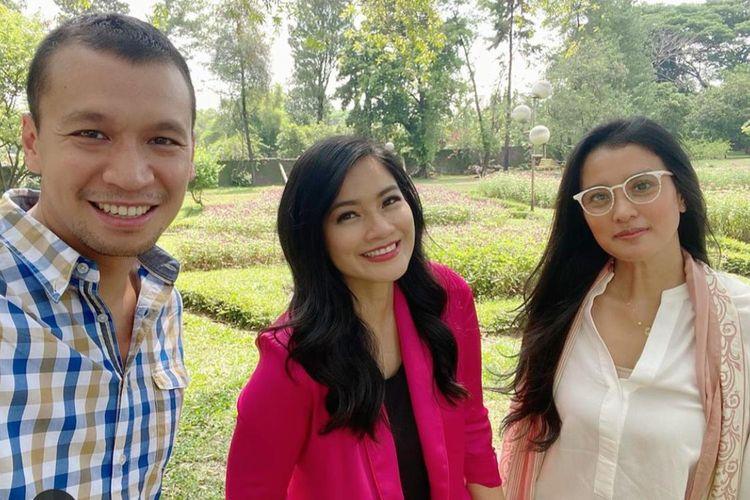 Samuel Rizal, Titi Kamal, dan Marcella Zalianty saat menjalani syuting film Makmum 2.
