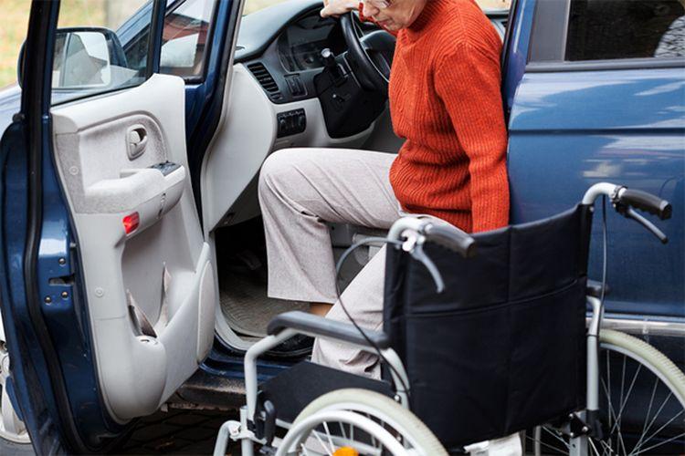 Ilustrasi penyandang disabilitas mengemudi