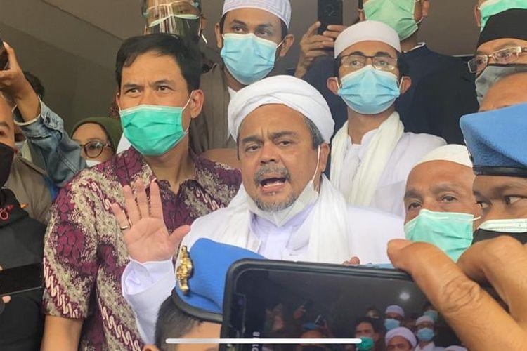Rizieq Shihab tiba di Polda Metro Jaya pada Sabtu (12/12/2020).