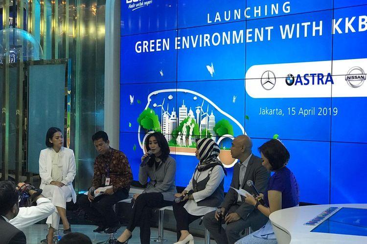 Peluncuran program pembiayaan mobil listrik yang digagas BRI di Jakarta, Senin (15/4/2019).