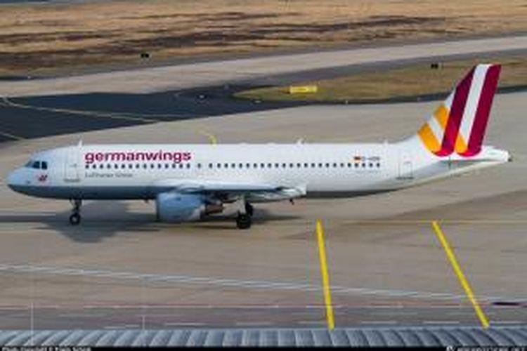 Salah satu pesawat terbang milik maskapai Germanwings di bandara Koln, Jerman.