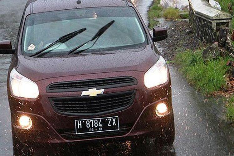 Berkendara di saat hujan