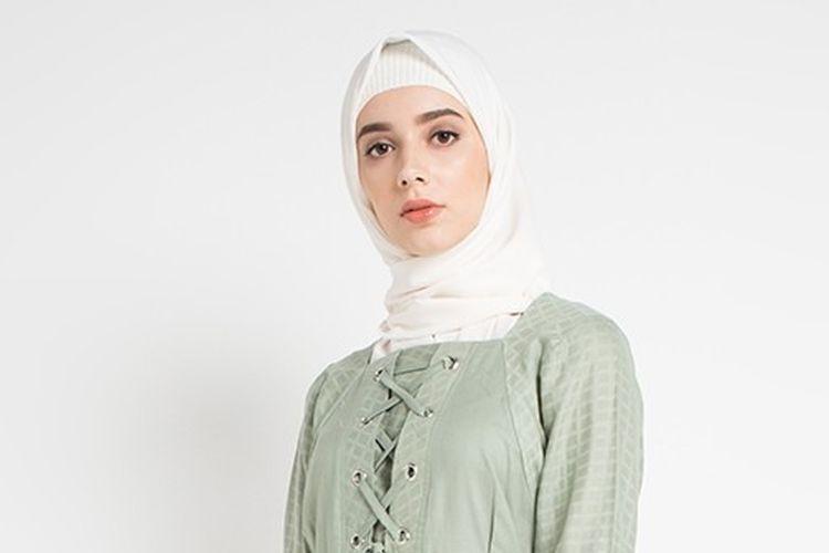 Menengok Tren Busana Muslim Dari Polosan Ke Tie Dye Halaman All Kompas Com