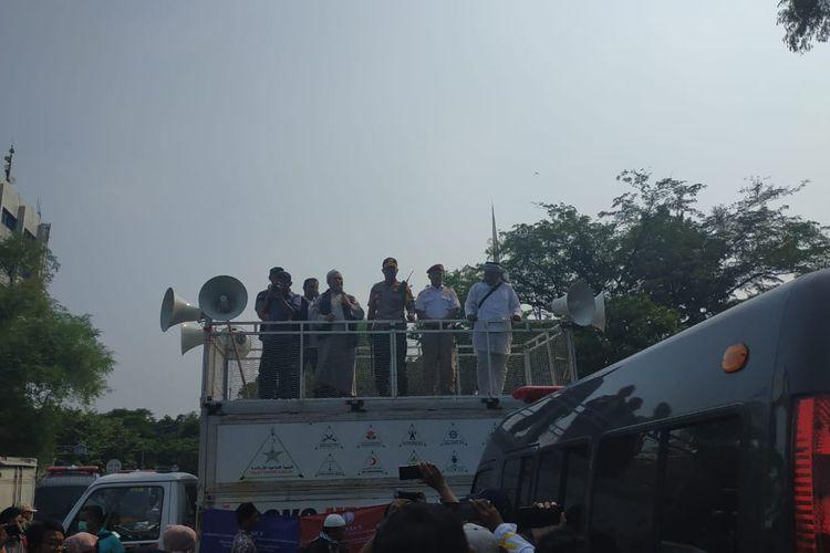 Massa aksi berkumpul di Lapangan Banteng, Kamis (9/5/2019). Aksi yang digagas Eggi Sudjana dan Kivlan Zen ini berencana unjuk rasa ke Kantor KPU.