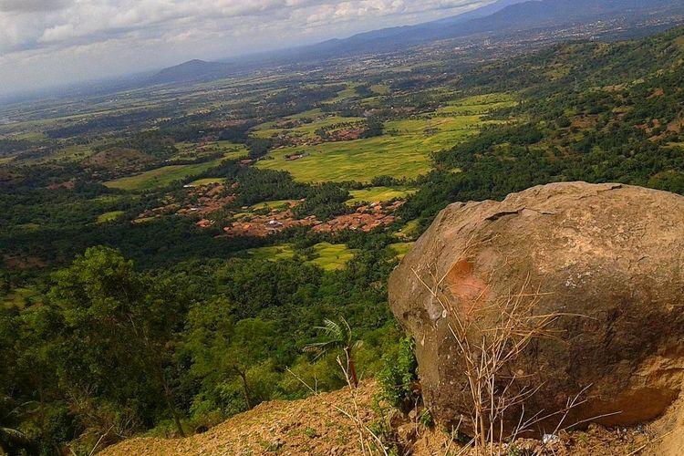 Pemandangan dari Batu Lawang