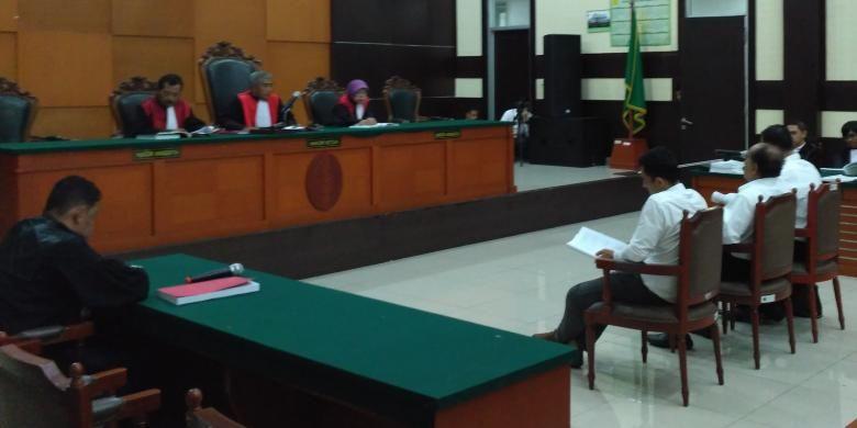 Persidangan ke -23 kasus dugaan makar dan penistaan agama terhadap mantan petinggi Gafatar dengan agenda persidangan yakni pembacaan pledoi di Pengadilan Negeri Jakarta Timur, Kamis (16/2/2017)