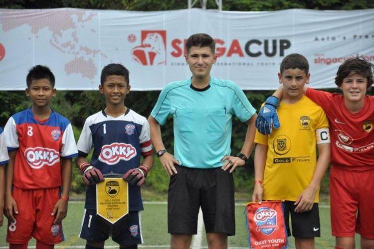 Perjuangan keras dan doa Okky Youth Soccer Team diajang Singacup 2018 akhirnya terbayarkan sekaligus sukses meraih tempat di babak final.