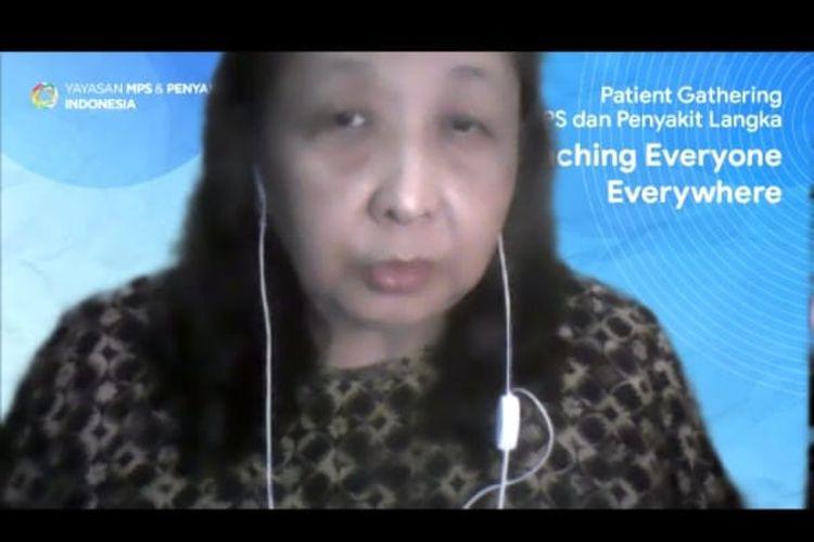 Foto tangkapan layar yang memperlihatkan sosok Kepala Pusat Penyakit Langka RSUPN Dr. Cipto Mangunkusumo, Prof. DR. dr. Damayanti Rusli Sjarif, Sp.A(K), saat mengisi acara Patient Gathering dalam rangka memperingati Hari Penyakit Langka Sedunia melalui aplikasi Zoom pada Minggu (28/2/2021). Acara tersebut diselenggarakan oleh Yayasan MPS dan Penyakit Langka Indonesia.