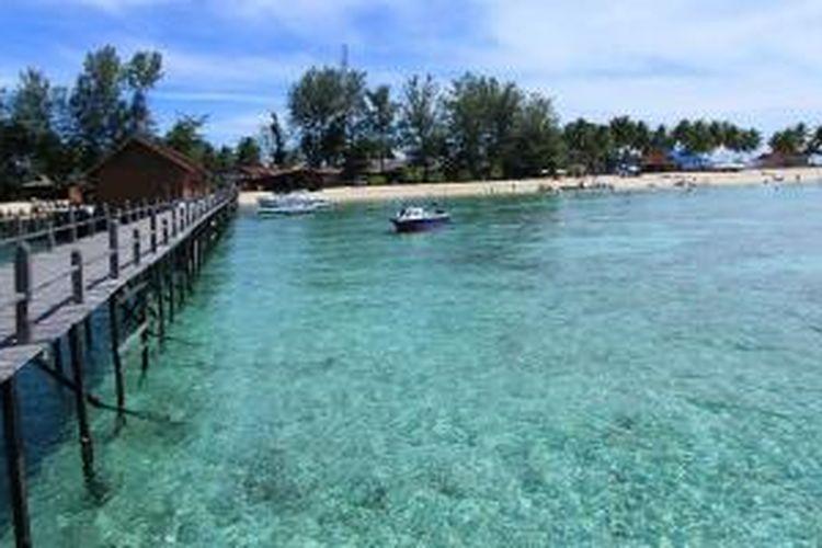 Pulau Derawan di Kabupaten Berau, Kalimantan Timur.
