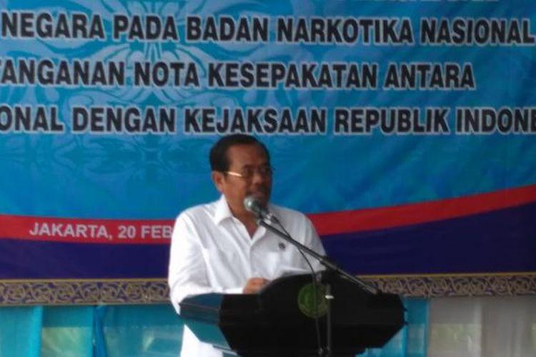Jaksa Agung Muhammad Prasetyo menyerahkan aset negara hasil kejaran narkotika kepada Bnn