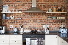 Begini Plus Minus Gunakan Rak Dapur Terbuka di Rumah