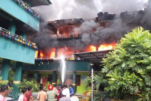 Asrama Putri Sebuah Pondok Pesantren di Jayapura Terbakar