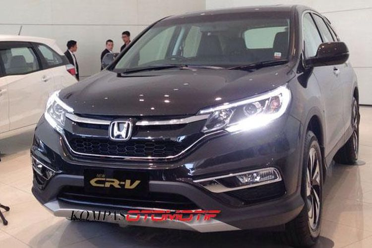 Honda Prospect Motor (HPM) luncurkan New Honda CR-V 2.4 L Prestige.