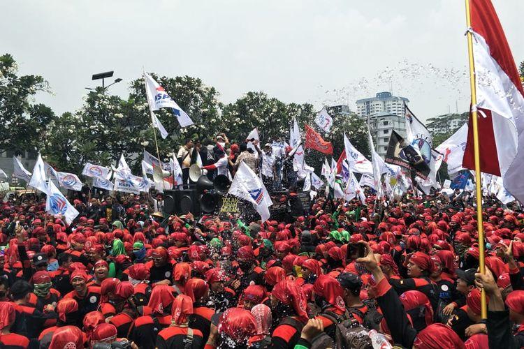 Demo di DPR, Massa Buruh Minta Bertemu Puan Maharani