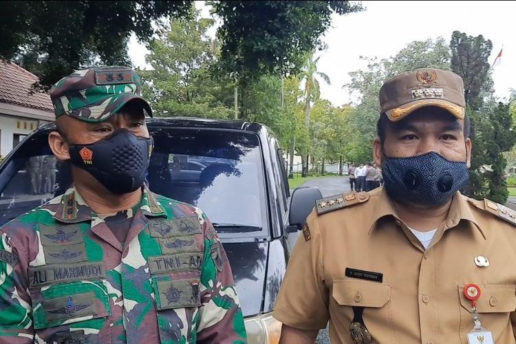 Bupati Blora, Arief Rohman dan Dandim 0721/ Blora, Letkol Infanteri Ali Mahmudi di Pendopo Bupati Blora, Senin (8/3/2021)
