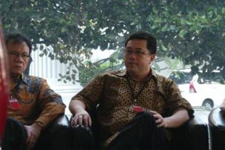 Direktur PT Citra Mandiri Metalindo Abadi, Budi Susanto memenuhi panggilan pemeriksaan Komisi Pemberantasan Korupsi, Jumat (12/7/2013). Budi akan diperiksa dalam kapasitasnya sebagai tersangka kasus dugaan korupsi proyek simulator ujian surat izin mengemudi (SIM) Korps Lalu Lintas Kepolisian RI.