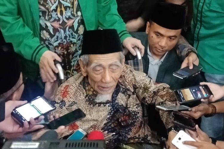 Ketua Majelis Syariah PPP Maimoen Zubair di kantor PPP, Jakarta Pusat, Sabtu (16/3/2019).