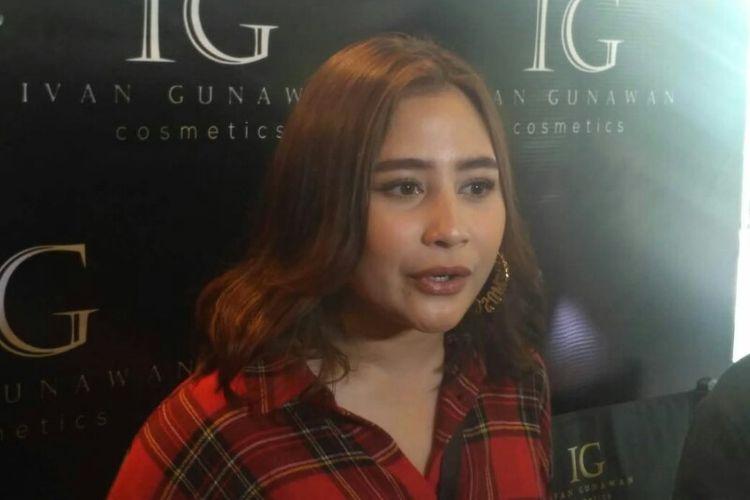 Artis peran Prilly Latuconsina saat ditemui di Grand Indonesia, Kebon Kacang, Jakarta Pusat, Kamis (15/11/2018).