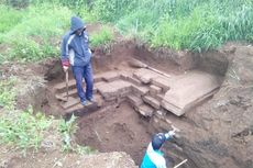 Gali Septic Tank, Warga Temukan Struktur Bangunan Diduga Candi di Dieng