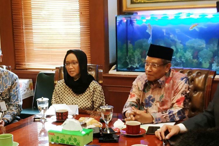 Menlu Retno Marsudi memberikan keterangan di Kantor PBNU, Senen, Jakarta Pusat, Selasa (10/2/2020).
