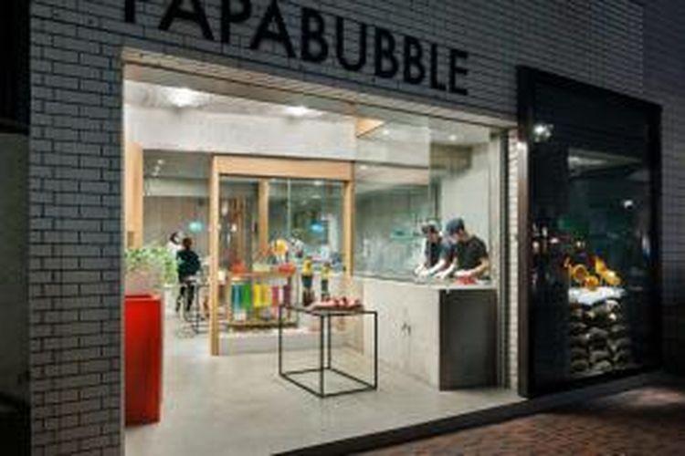 Kedai-kedai makanan di Jepang sudah tidak asing lagi dengan konsep menempatkan tukang masak sebagai